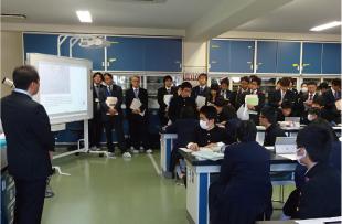 附属中学校での公開研究会