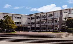 附属中学校