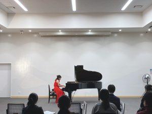 ピアノ独奏